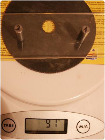 PICT0412 8.8. Vferi: Kísérletek mágnesekkel