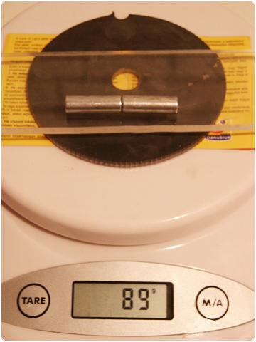 PICT0418 8.8. Vferi: Kísérletek mágnesekkel