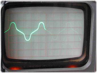 IMG_4325 2.4.16.10.3. Rosko Farkas: Kísérletek a TranszVerterrel
