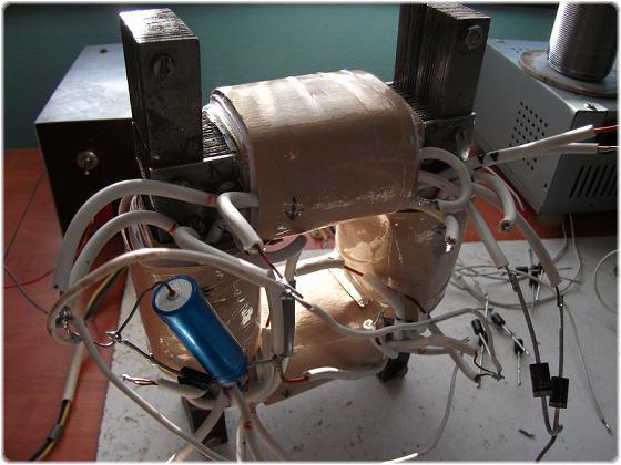 K_25E9p%20025 2.4.9.6.1. Attila kísérlete a Bóday féle készülékkel